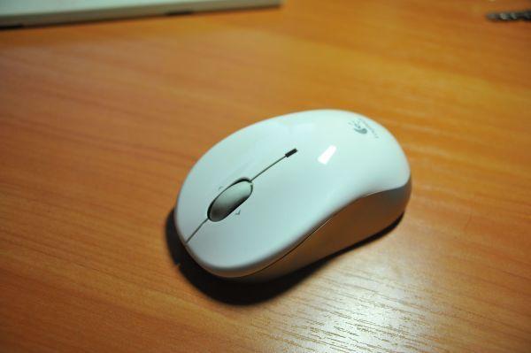 мышь logitech V470 Bluetooth.JPG